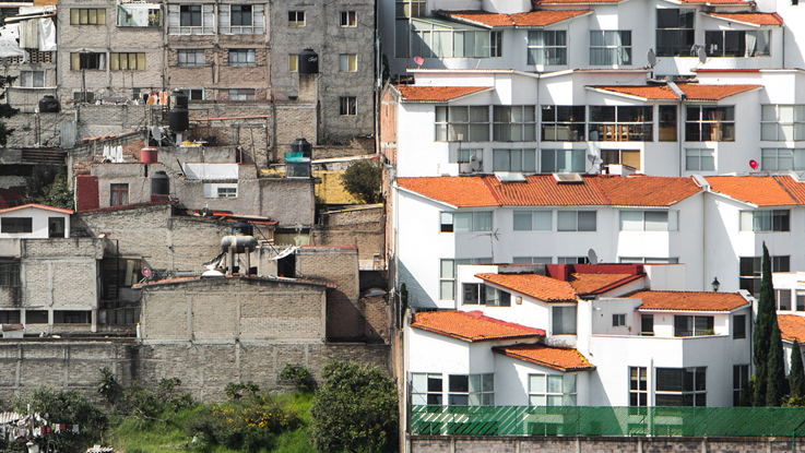 Buildings illustrating a segregated Mexico city