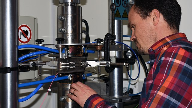 Johan Moverare in the lab
