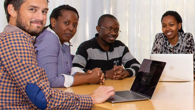 Martin Singull (in the foreground) with doctoral students participating in the research collaboration with Africa.