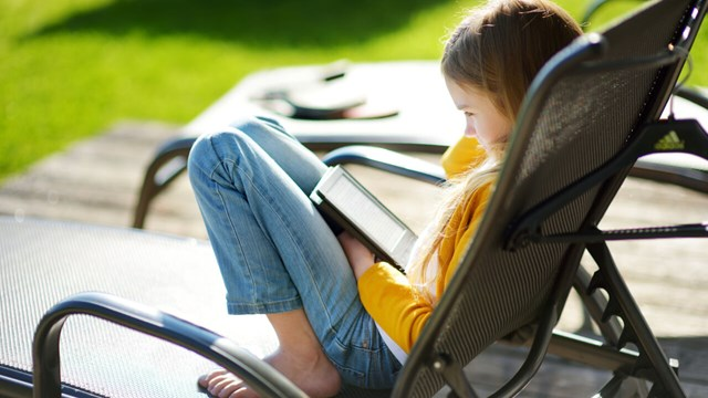 Girl reading ebook.